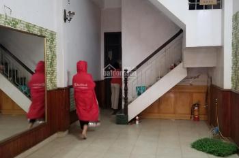 Cho thuê nhà riêng phố Vương Thừa Vũ, gần Ngã Tư Sở, 40m2 x 3 tầng, 10 triệu/th
