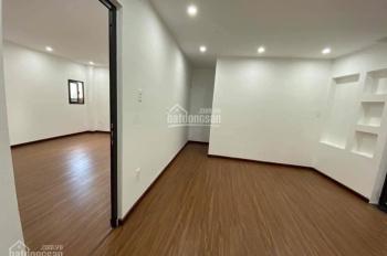 Cho thuê nhà 3 tầng đẹp y hình đường Lê Duẩn