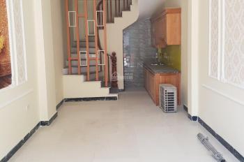Chính chủ bán nhà Cự Khối, Long Biên, chỉ cần 1 tỷ có ngay nhà xây mới, LH xem nhà 0982690829