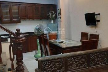 Cho thuê nhà trong ngõ phố Ngọc Hà 5 tầng, 3PN đầy đủ đồ