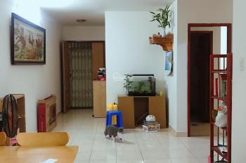 Cần tiền bán căn hộ 68m2 ở liền tại ngã tư Thủ Đức. LH 0901365325 gặp Vũ