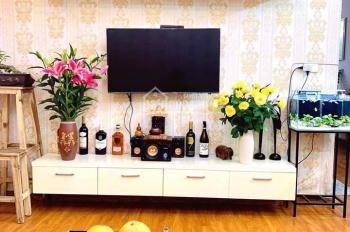 Anh Tú chủ nhà cần bán gấp căn hộ 2024 CT12A Kim Văn, 60,4m2, đầy đủ nội thất giá 1 tỷ xx (bao tên)