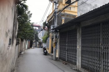 Chính chủ cần bán nhà 1 tầng thị trấn Trạm Trôi vị trí kinh doanh được, ô tô đỗ cửa. LH 0909558968
