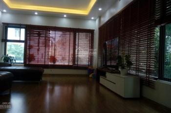 Vị trí đắc địa, trung tâm mặt phố Nguyễn Văn Cừ, tầm tiền cực hiếm, kinh doanh tốt