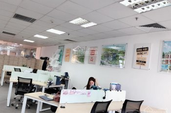 Cho thuê văn phòng mặt đường Nguyễn Chí Thanh, DT 250 - 500m2, có sẵn bàn ghế, giá cực kì ưu đãi