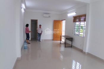 Cho thuê nhà 2 lầu đẹp, hẻm 10m đường Cộng Hòa, Phường 12, Tân Bình. DT 4 x 20m