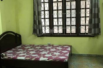 Chính chủ cho thuê phòng khép kín có điều hòa, nóng lạnh tại Nguyễn Chí Thanh, lh  0982535258