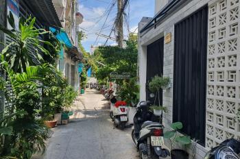 Xuất cảnh - Bán gấp nhà 4 tầng hẻm an ninh khu vip Bình Phú - Q6, 4,5*9,9m, giá 5 tỷ 490tr