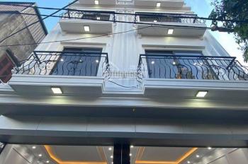 Chính chủ bán nhà Bồ Đề ngõ 200/10 Nguyễn Sơn 52m2 x 3,95m MT x 5 tầng ngõ ô tô 4,6m, giá 6 tỷ