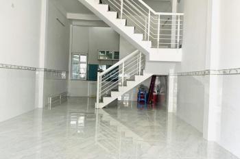 Cần cho thuê nhà nguyên căn vị trí đẹp mặt tiền Lê Hồng Phong Nha Trang. Lh: 0982497979 gặp Vy