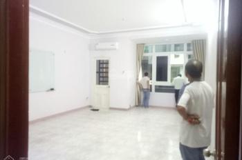 Cho thuê nhà Khu K300 - Nguyễn Minh Hoàng - DT 5 x 17m, hầm, 3 lầu. Giá 30 triệu/th
