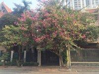 Bán nhà liền kề KĐT Văn Quán ngay đầu Nguyễn Khuyến Nhà đẹp full nội thất, DT 97m2, giá 100tr/m2