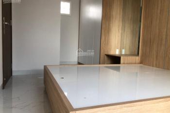 Cho thuê nhà rất đẹp 1 sẹc Lạc Long Quân, P10, TB, 5m x 7,5m 1 tấm 2 PN. Giá 6 triệu 1/tháng