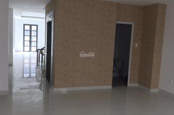 Cho thuê nhà mặt tiền đường 30m DT 5x20m, KDC Cityland Park Hills giá 60tr/th. LH: 0767867899