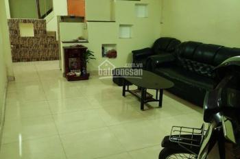 Nhà nguyên căn gần cầu Phạm Văn Chí (4 x 10) 2 lầu 4 phòng ngủ 2 toilet hẻm 658 Phạm Văn Chí P8 Q6