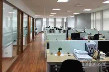 Cho thuê nhà mặt phố Thi Sách 5 tầng gần ngã tư, DT 90m2, giá 59 triệu/tháng. LH Bách 0974739378