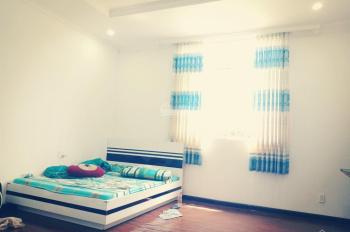 Cho thuê phòng ở 30m2 máy lạnh, nước nóng, giờ tự do, P. Phước Long A, Q9, Giáp Q2 - 3,2 tr/th
