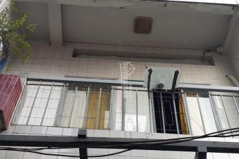 Bán nhà 1 trệt 2 lầu trong hẻm