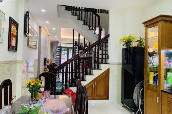 Chính chủ cần bán căn nhà 3 tầng KĐT Lê Hồng Phong II, nhà đẹp, để lại toàn bộ nội thất