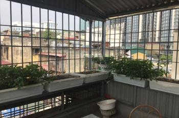 Chính chủ cần cho thuê nhà 3 tầng giá rẻ tại số 23 ngõ 409 Kim Mã, Ba Đình.