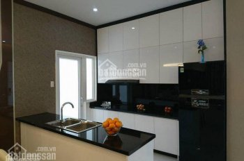 Cần cho thuê gấp căn 2PN - tầng đẹp thoáng mát - nội thất cơ bản. Liên hệ 0933.834.045 xem nhà
