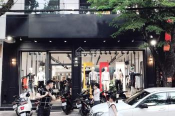 Siêu phẩm nhà mặt phố cho thuê Hồ Tùng Mậu, 80m2 x 4 tầng, mặt tiền 9m. Vị trí đắc địa của phố