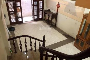 Cho thuê nhà 5 tầng để ở, văn phòng + kho, ngõ 194, Đội Cấn - Ký HĐ lâu dài