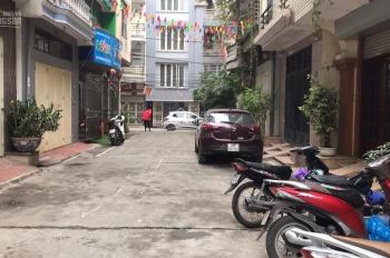 Cần cho thuê lâu dài căn hộ tại ngõ 766 đường Láng. 80m2 đầy đủ đồ, giá 9 tr/tháng