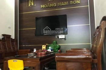 Cực phẩm mặt phố Nguyễn Văn Trỗi 36m2x5tầng, ở ngay, kinh doanh, 5.2 tỷ