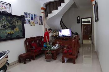 Bán nhà 3 tầng mới đẹp tại TT Quốc Oai, chỉ việc đến ở và làm ăn, LH 0985242136