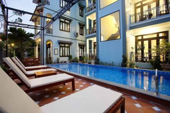 Cần bán nhanh 2 căn biệt thự Nguyễn Duy Hiệu, Cẩm Châu, Hội An, giá tốt nhất: 090.567.1586
