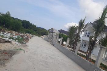 Bán đất ở đầu cầu Cửa cạn, giá 600tr