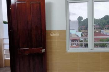 Cho thuê phòng trọ cao cấp mới xây giá bình dân, LH: 0985240269