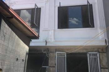 Cần bán gấp nhà 4T, xây mới, thiết kế hiện đại, ở tổ 5 Yên Nghĩa, giá 1.82tỷ. LH 0983.633.489