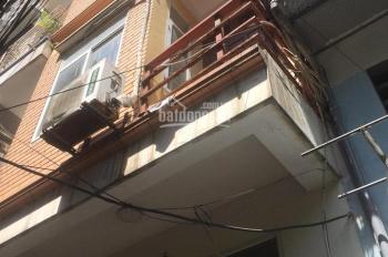Cho thuê nhà ngõ 188 Thụy Khuê dt 40m2 x 4t, 3pn, giá 8,5tr/tháng