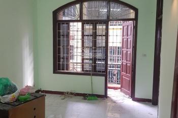 Cho thuê nhà phố Vương Thừa Vũ 64m2 - mặt tiền 6m - kinh doanh tốt, khu vực trung tâm sầm uất
