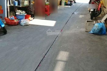 Cho thuê nhà 2 lầu, Trần Hưng Đạo, P5, 10 triệu/th, gần chợ Hòa Bình