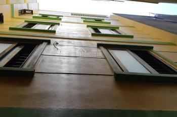 Cần bán nhà 5 tầng làng Cương Ngô, Tứ Hiệp, Thanh Trì, tel: 0975.502.159