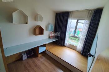 Cần bán căn hộ Krista 2PN, 2WC, giá chỉ 2 tỷ 8