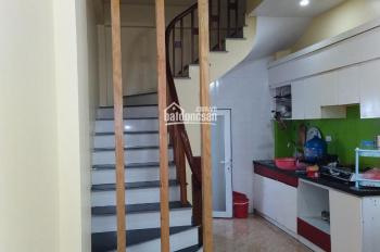 Chính chủ cần cho thuê nhà ngõ 97 Định Công, Hoàng Mai, Hà Nội