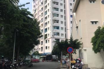 Chung cư Phú Thọ Quận 11, lô 4, lầu 4, 2PN, 1WC, 65m2, giá 2,6 tỷ TL