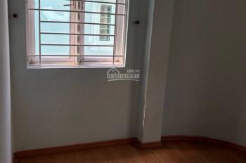 Cho thuê nhà nguyên căn đường Cao Thắng, quận 10