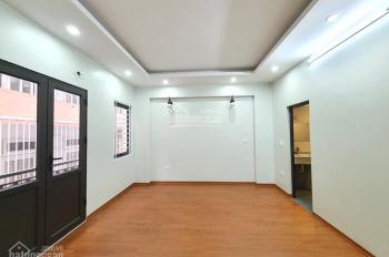 Nhà siêu đẹp, ô tô 4 chỗ qua, thang máy phố Nguyễn Lân, Thanh Xuân, 40m2, 6 tầng, giá 5.55 tỷ