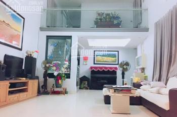 Cần bán nhà sân vườn Đường 10 Nguyễn Thị Định, Q2