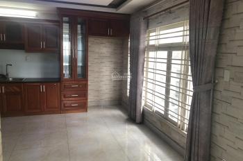 Cho thuê nhà nguyên căn đường Cộng Hòa Tân Bình 10mx15m 2 lầu gara ô tô có sân giá 31 triệu TL