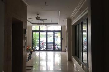 Cho thuê nhà mặt phố Xuân La, DT 70m2x 3 tầng nhà mới