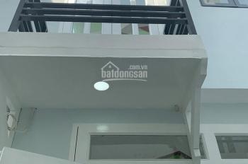 Tôi bán rẻ nhà 1 trệt 1 lầu, DT 40m2, giá 820tr, giá 100%, SHCC, Quang Trung, Q12, LH 0902623745