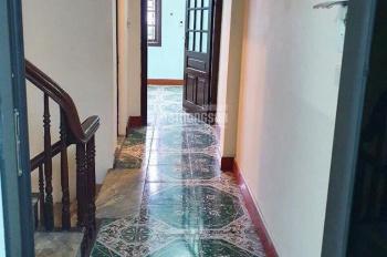 Cho thuê nhà nguyên căn đường Xuân La, 45m2x 4 tầng giá cực rẻ 13tr/1th, LH: 084.777.2323