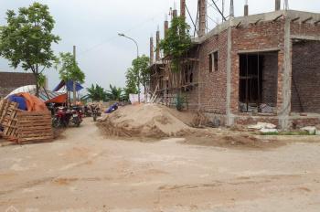 Chính chủ cần bán 106,2m2 đất phân lô cạnh Tỉnh lộ 82, thị trấn Phúc Thọ - LH 0587789835