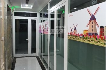 Cần cho thuê 4 sàn diện tích 260m2 số 85 Vũ Tông Phan